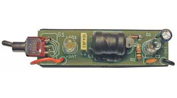 prostoj-svetodiodnyj-fonarik-ot-odnoj-batarejki-15v-2